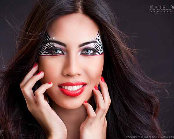 Test photoshoot with Carol Chen Poun Joe — First session: Zebra eye make-up