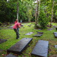 Jodensavanne Trip — Photographing gravestones in the Beth-Ahaim cemetery